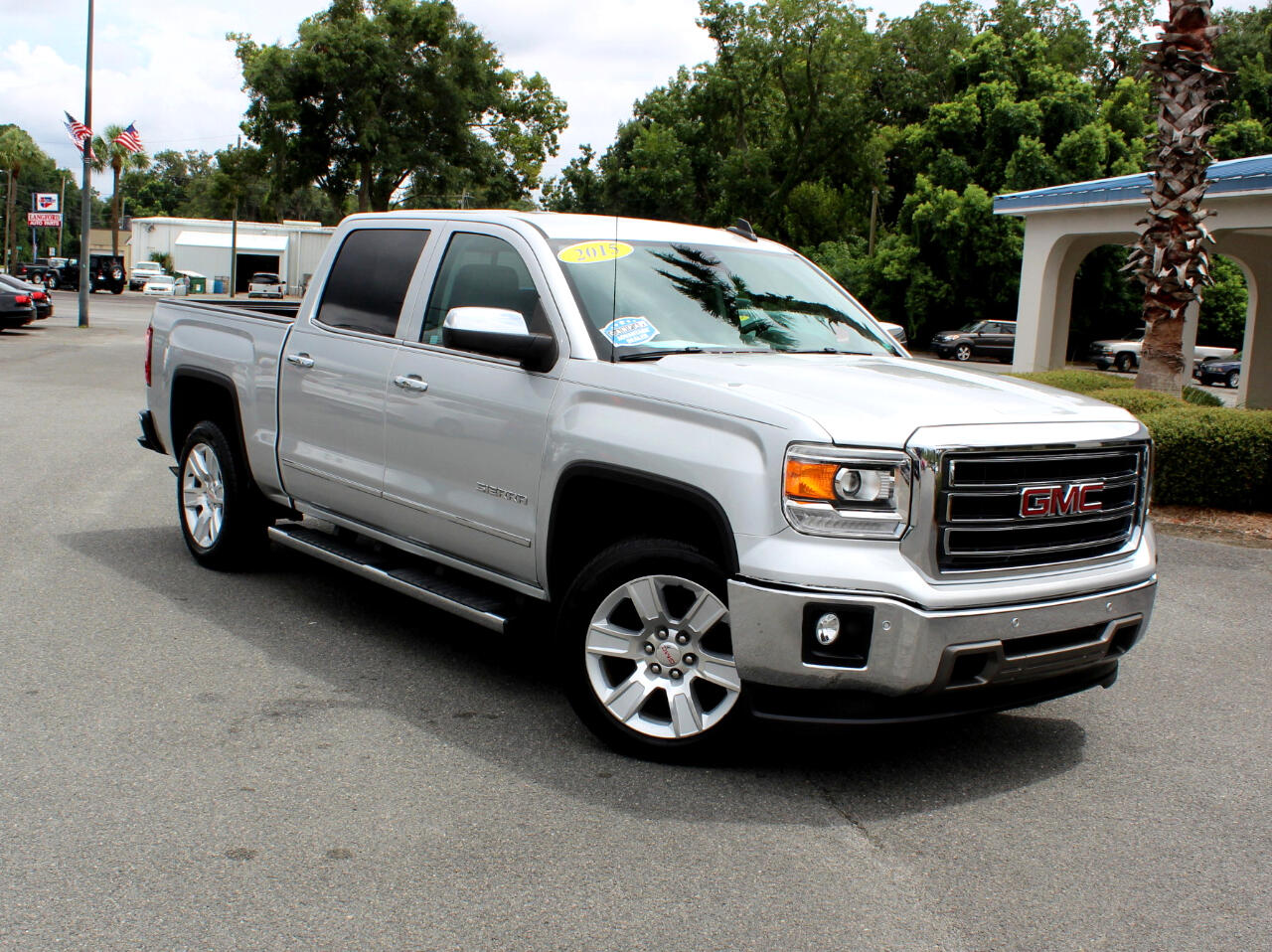 2015 GMC Sierra 1500 SLT Crew Cab Long Box 2WD