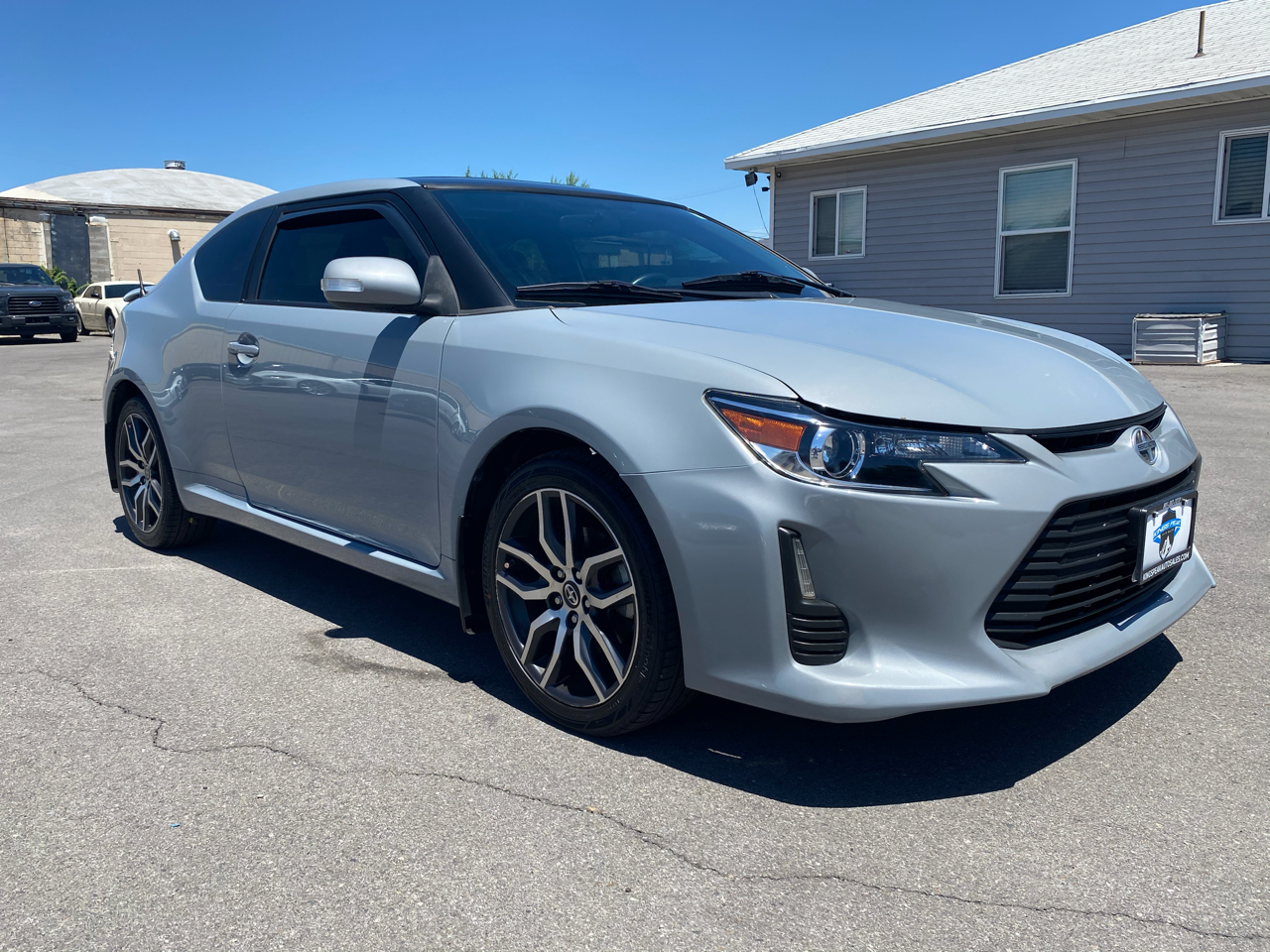 Scion tC Sports Coupe 6-Spd AT 2015