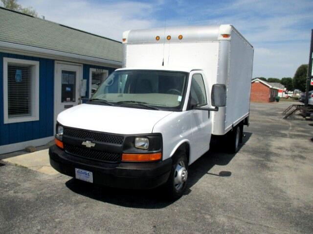 2008 Chevrolet Express 3500 DRW 12' Box Truck