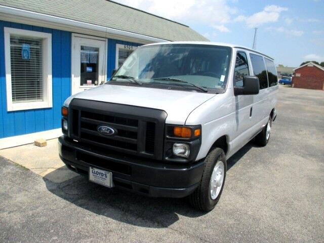 2008 Ford Econoline E-150 XL 8 Passenger Van