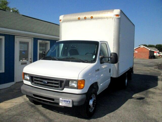 2007 Ford Econoline E-350 Super Duty DRW 12' Box Truck