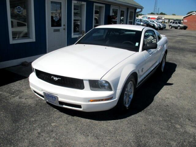 2009 Ford Mustang V6 Coupe