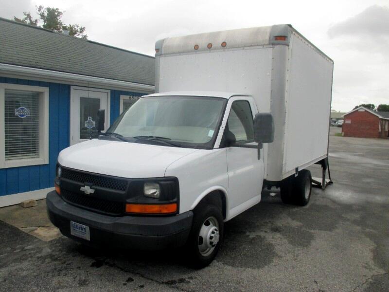 2008 Chevrolet Express 3500 DRW 14' Box Truck