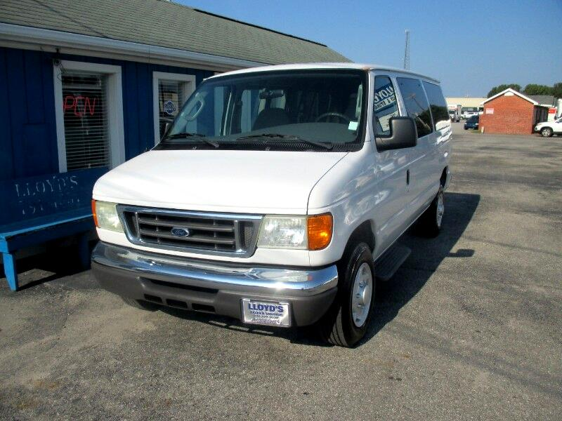Ford Econoline E-350 XLT Super Duty 2006