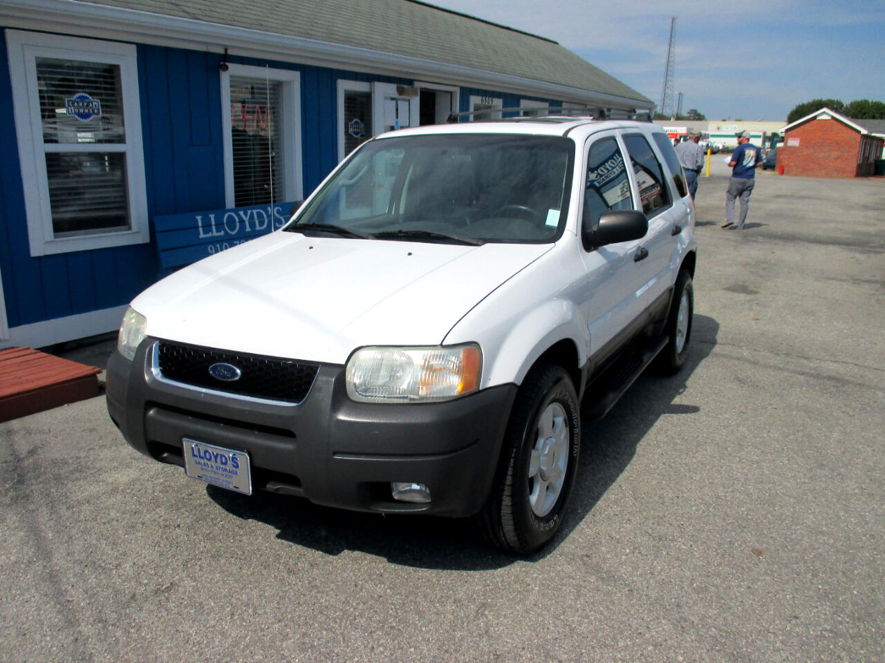 "Ford Escape 4dr 103"" WB XLT 2004"
