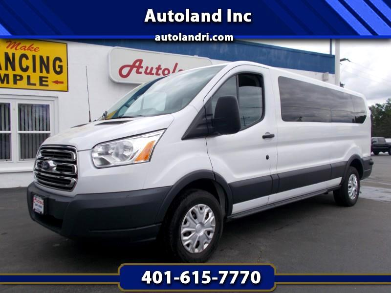 Ford Transit 350 Wagon Low Roof XLT w/Sliding Pass. 148-in. WB 2015