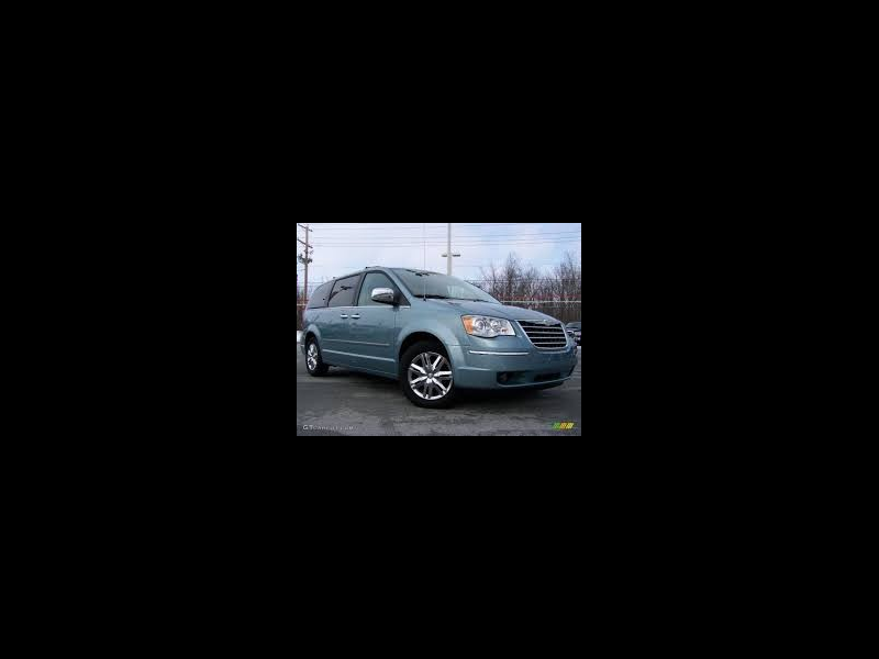 Chrysler Town & Country LX 2008