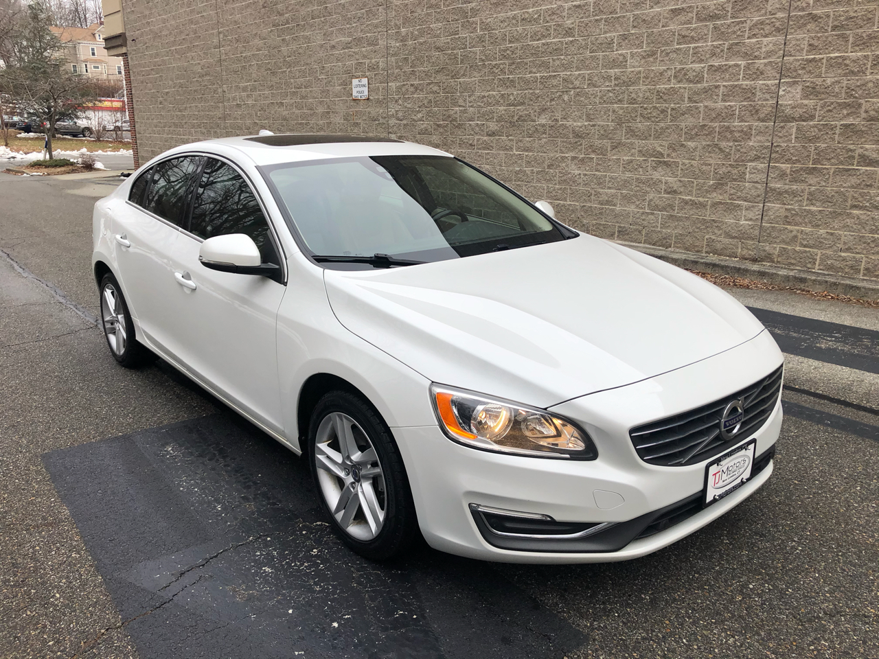 Volvo S60 4dr Sdn T5 AWD 2014