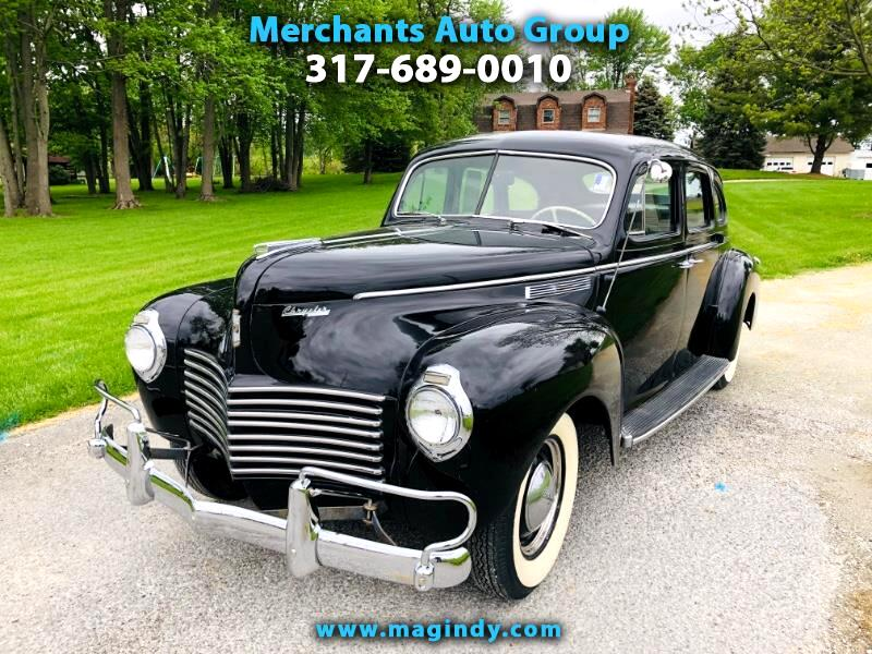 1940 Chrysler Windsor 4dr Sedan