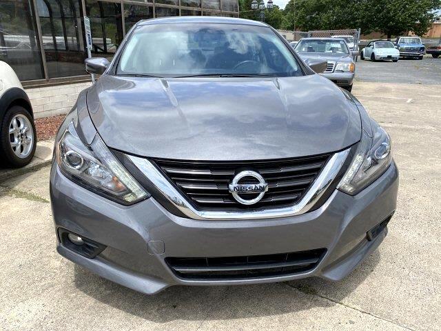 Nissan Altima 2.5 SR 2016
