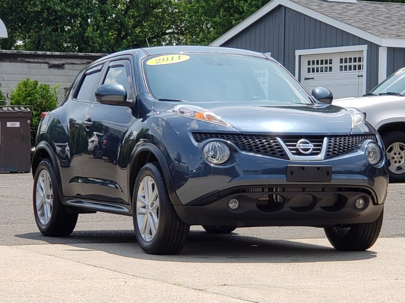 2011 Nissan Juke SV AWD Turbo, Sunroof