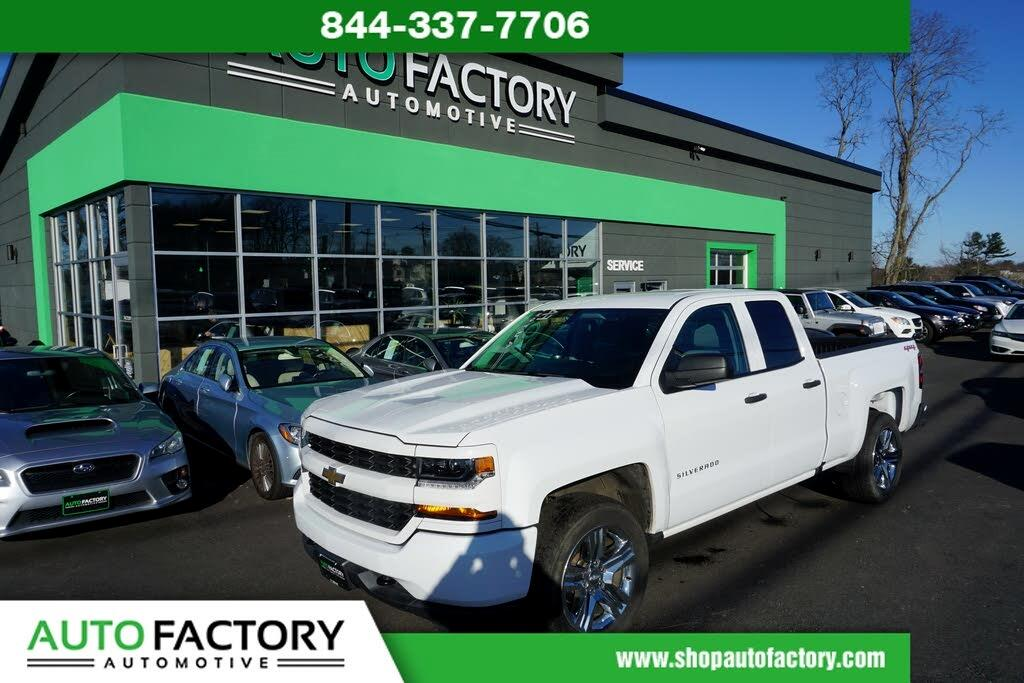 2017 Chevrolet Silverado 1500 4WD Double Cab Custom
