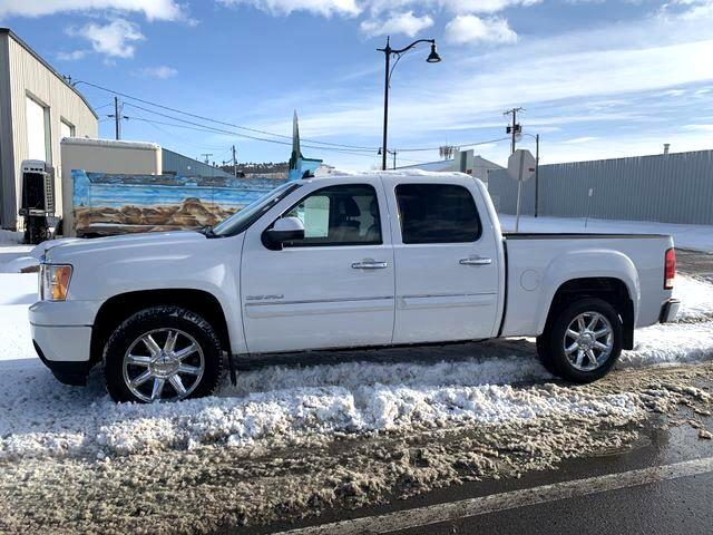 2010 GMC Sierra 1500 Denali Pickup 4D 5 3/4 ft