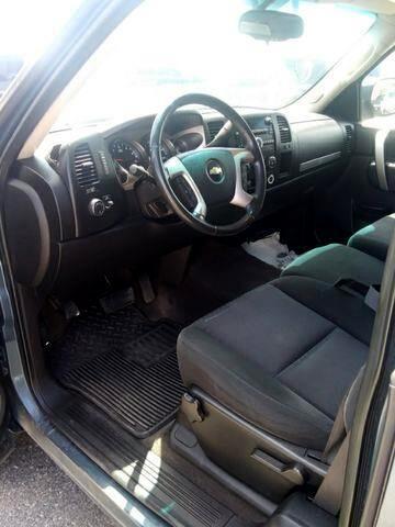 2010 Chevrolet Silverado 1500 LT Pickup 4D 6 1/2 ft