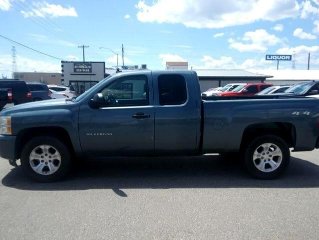 2010 Chevrolet Silverado 1500 LT Pickup 4D 6 1/2 ft