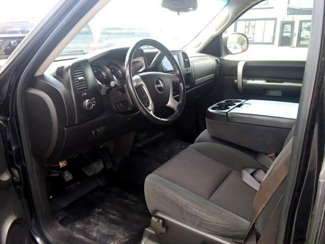 2009 GMC Sierra 2500HD SLT Pickup 4D 8 ft