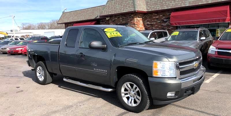 2011 Chevrolet Silverado 1500 LT Ext. Cab Long Box 4WD