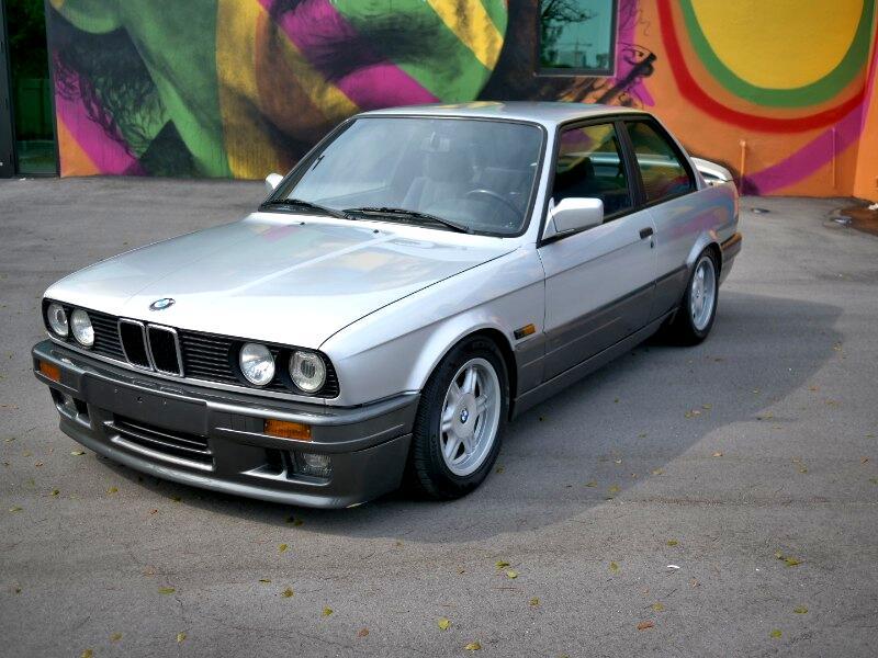 BMW 325i  1991