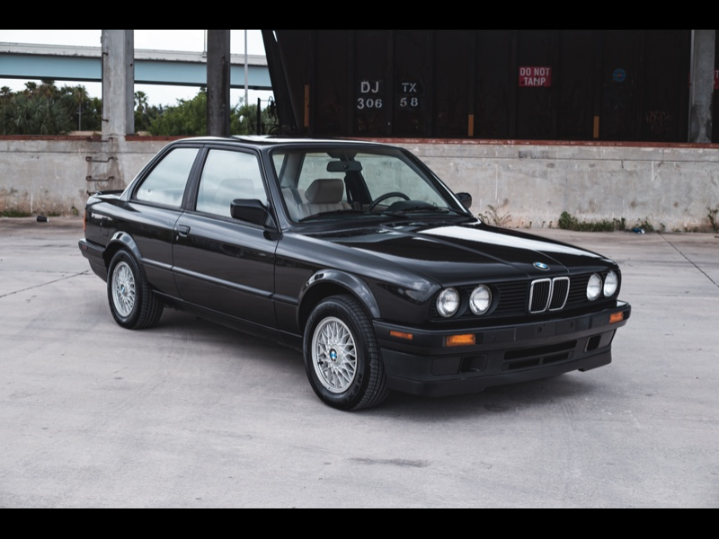 BMW 3-Series 318is 1991