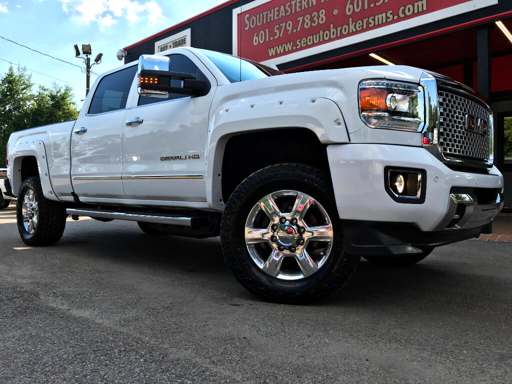 2017 GMC Sierra 2500HD DENALI CREW CAB SHORT BED 4WD  LEVELED