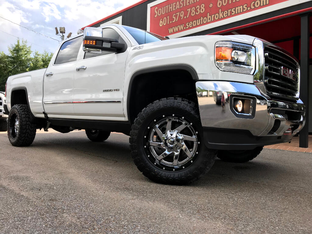 2016 GMC Sierra 3500HD SLT CREW CAB SHORT BED 4WD LEVELED DPF DELETED