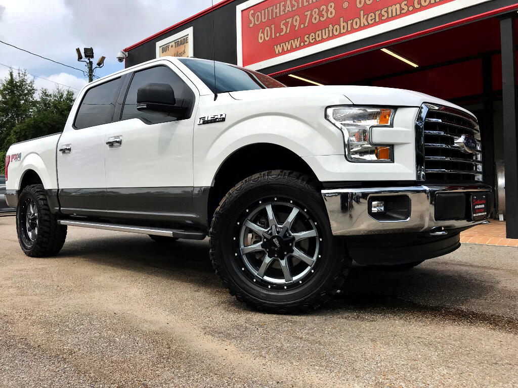 2015 Ford F-150 XLT CREW CAB SHORT BED 4WD LEVELED