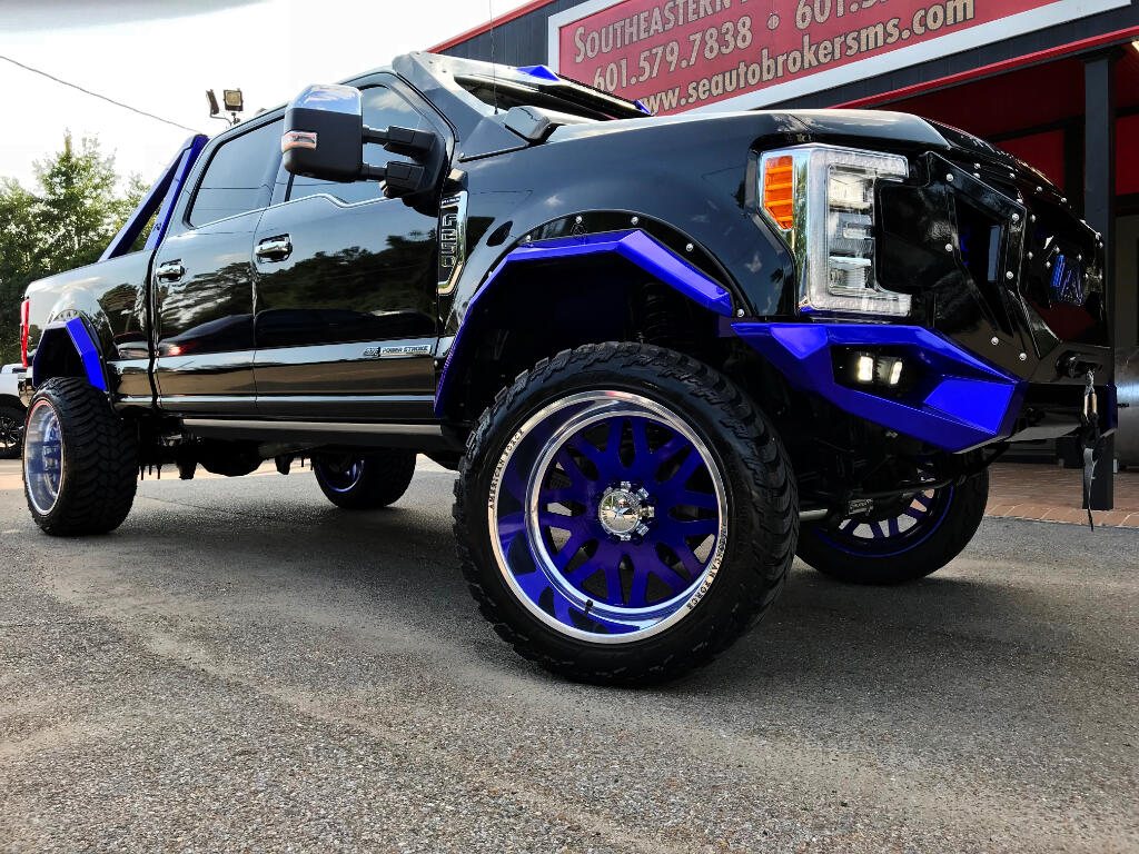 2017 Ford F-250 SD PLATINUM CREW CAB 4WD CUSTOM LIFTED DPF DELETED