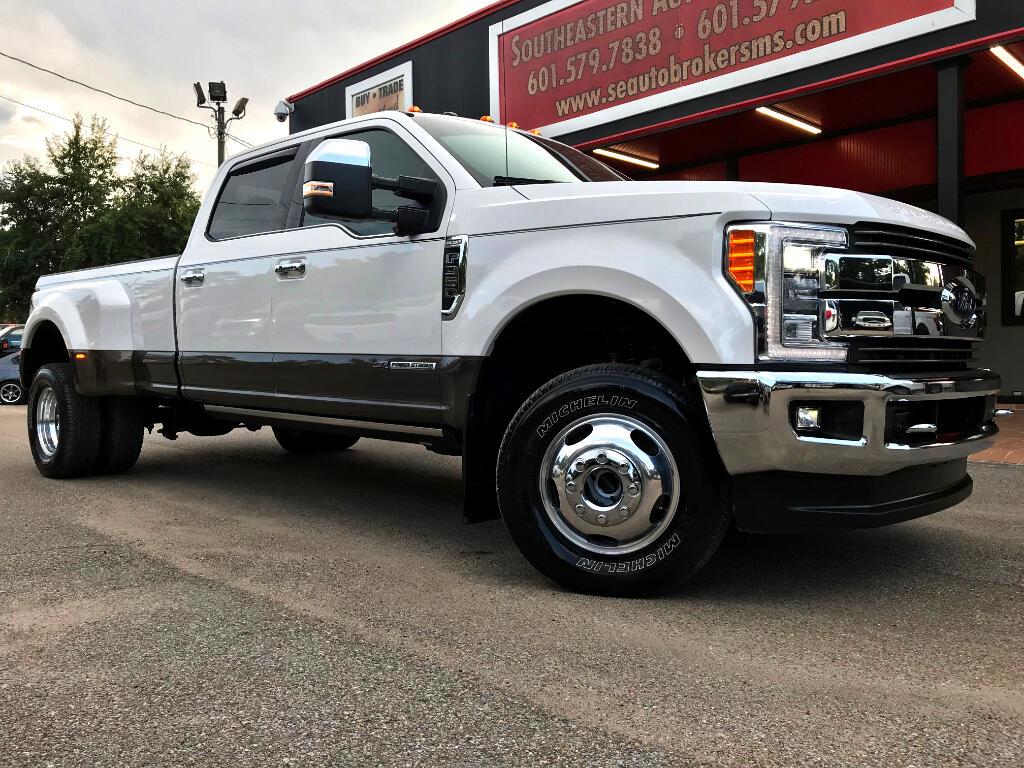2017 Ford F-350 SD King Ranch Crew Cab Long Bed DRW 4WD