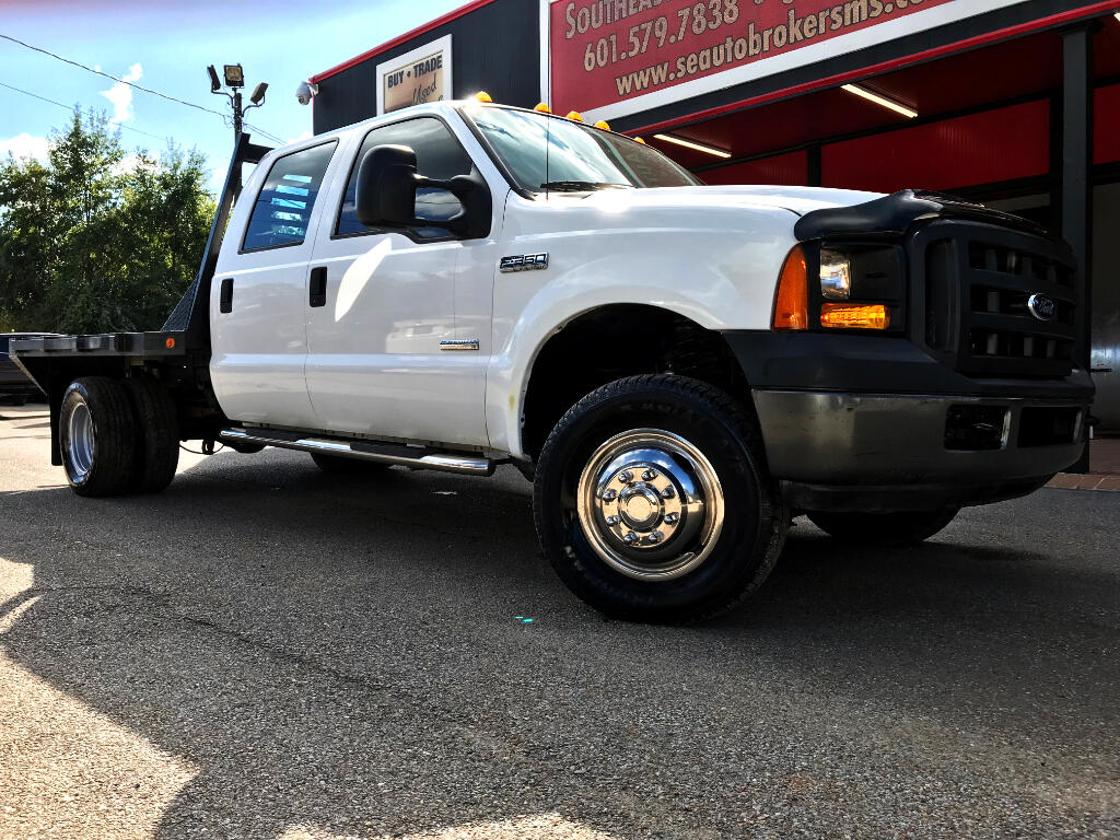 2006 Ford F-350 SD XL CREW CAB 4WD DRW FLAT BED