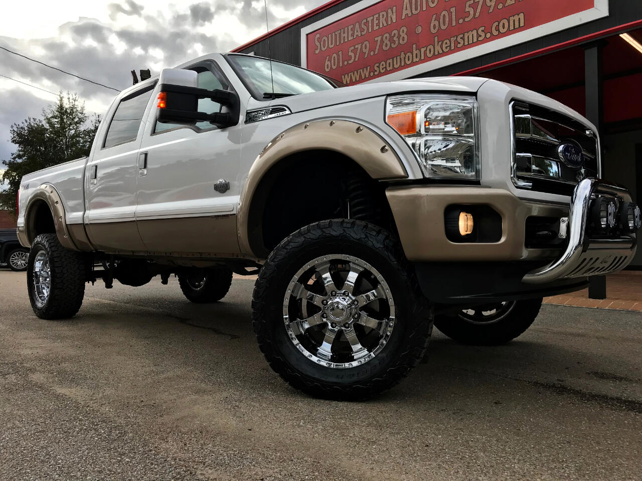 2014 Ford F-250 SD KING RANCH CREW CAB SHORT BED 4WD CUSTOM LIFTED