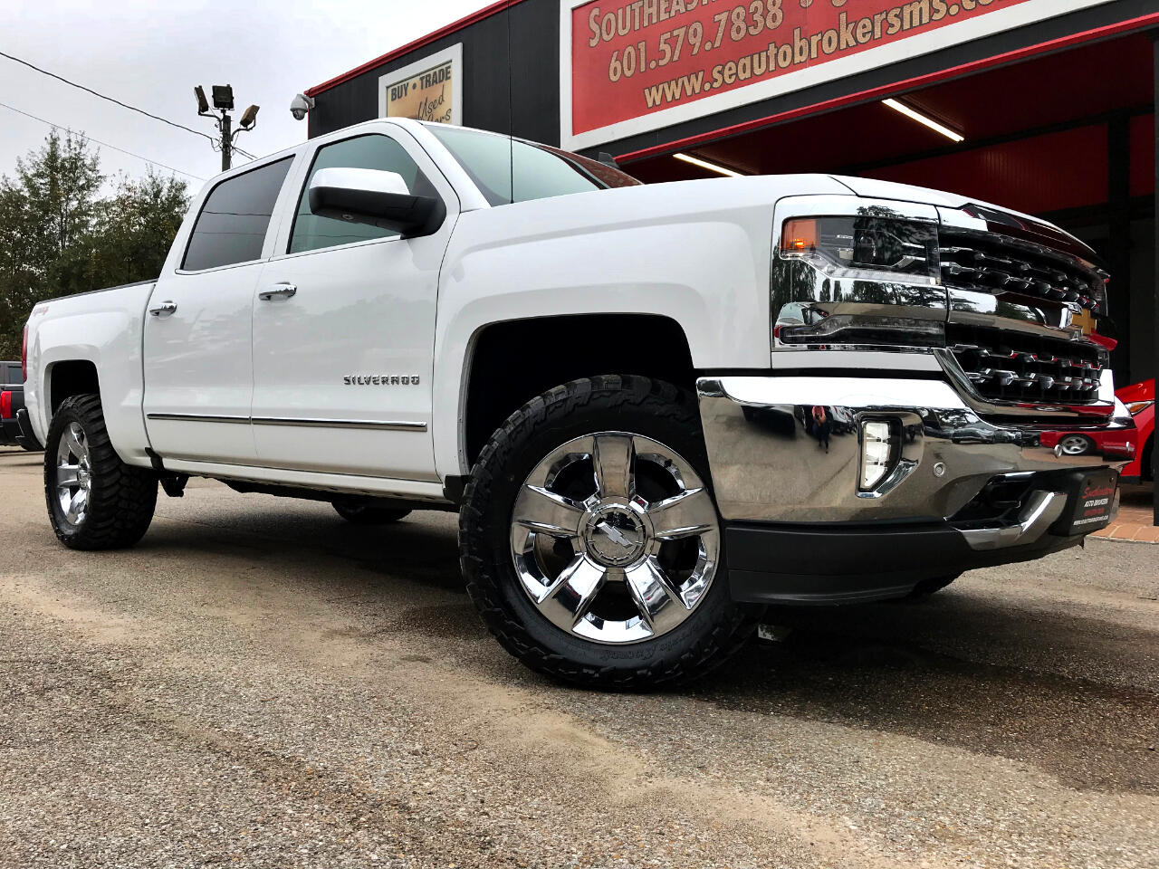 2016 Chevrolet Silverado 1500 LTZ CREW CAB SHORT BED 4WD LEVELED