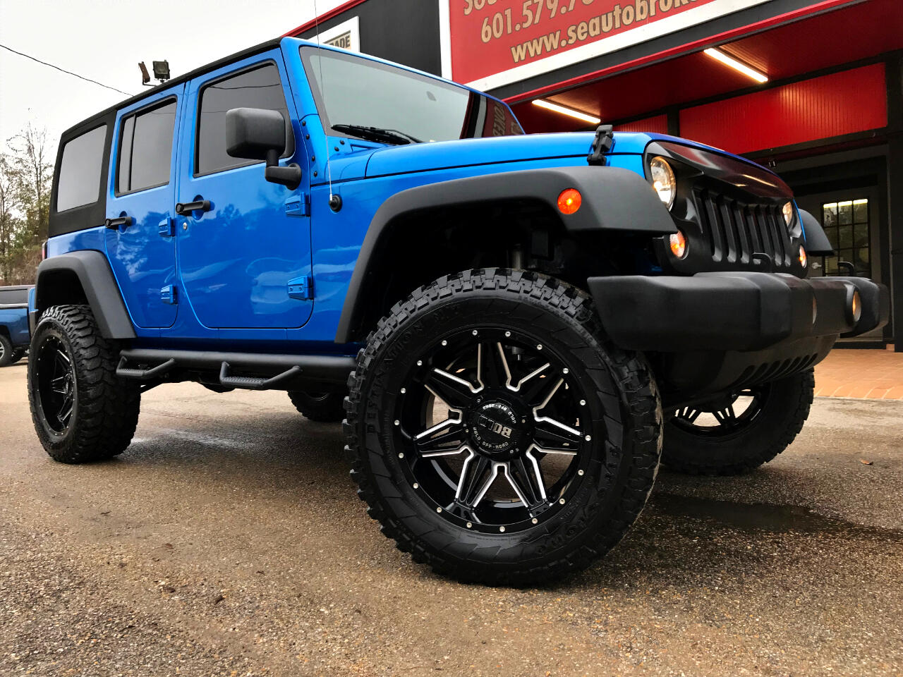 2015 Jeep Wrangler UNLIMITED SPORT 4WD CUSTOM LIFTED