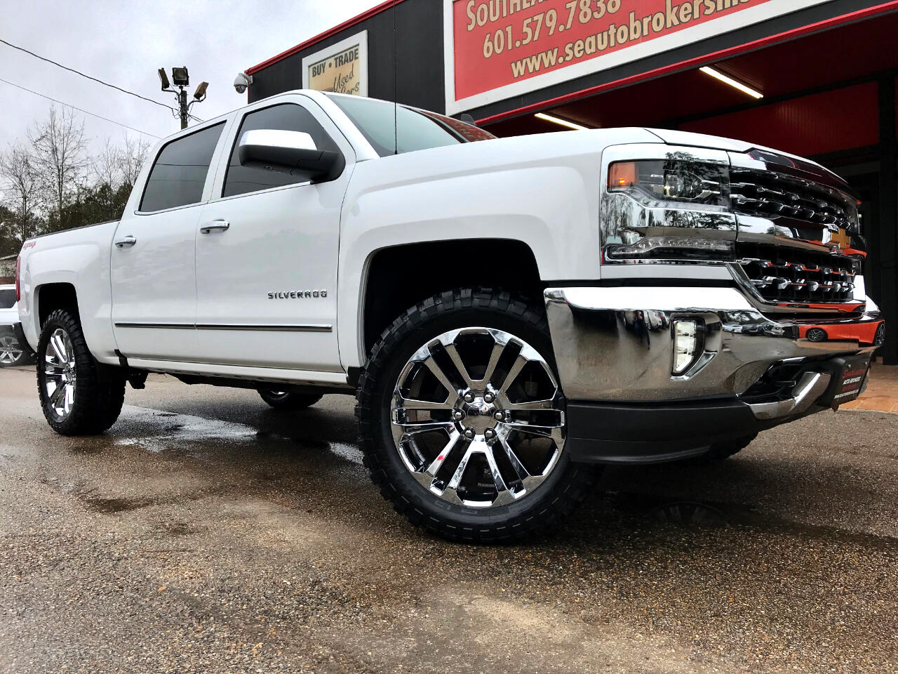 2018 Chevrolet Silverado 1500 LTZ CREW CAB SHORT BED 4WD LEVELED