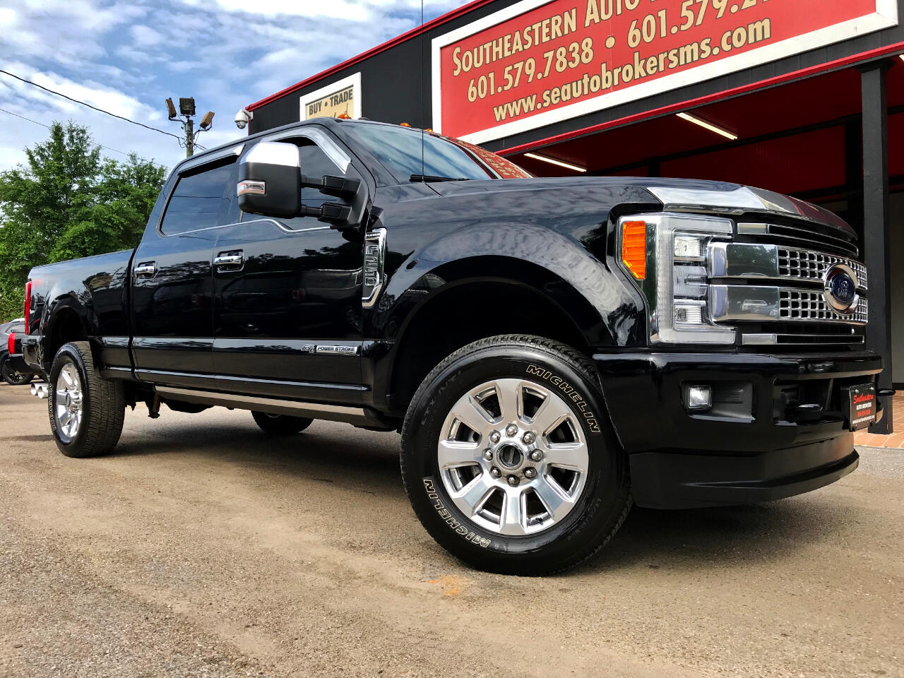 2017 Ford F-250 SD PLATINUM CREW CAB SHORT BED 4WD