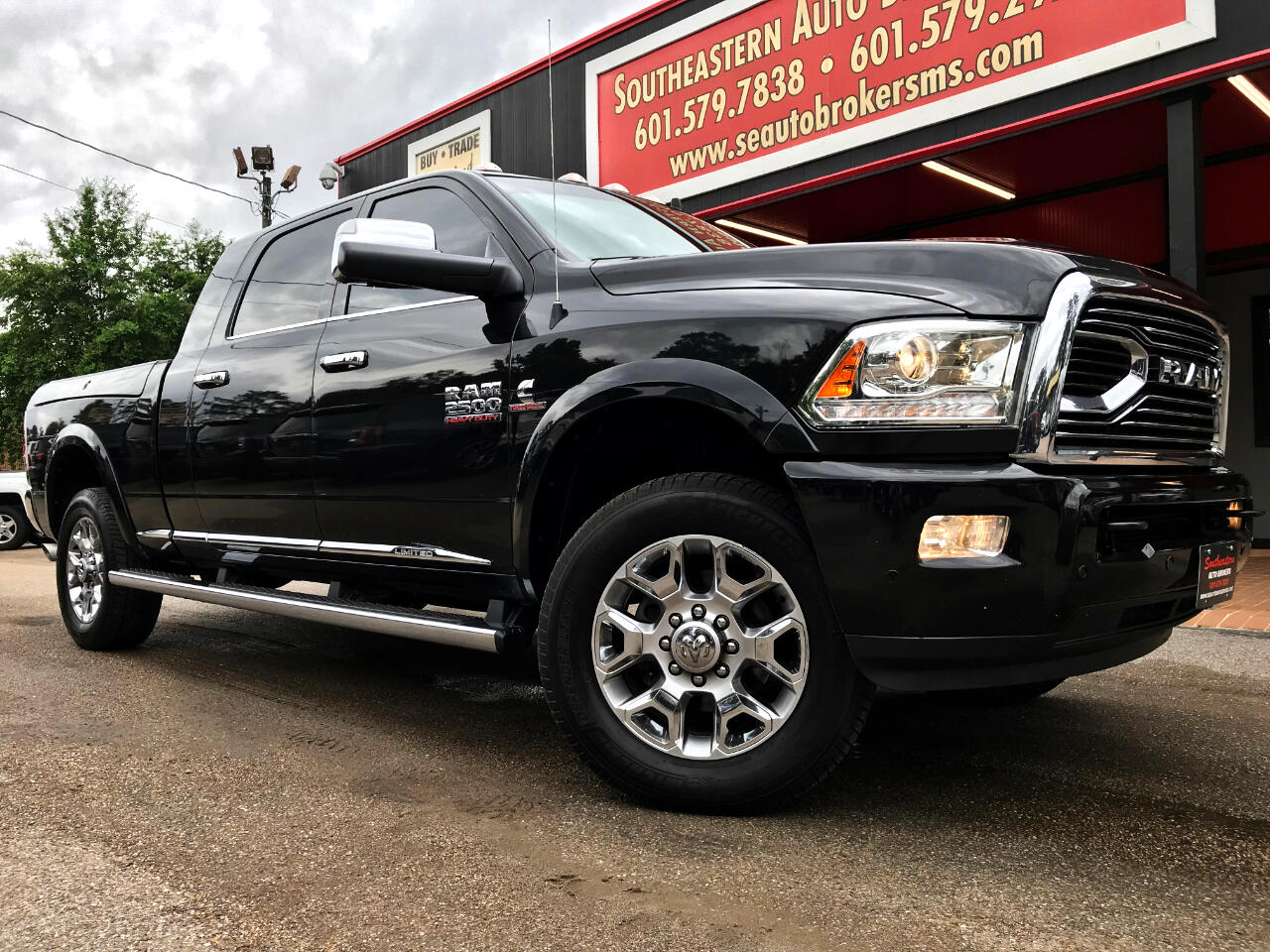 2017 RAM 2500 LIMITED MEGA CAB 4WD WITH RAM BOXES