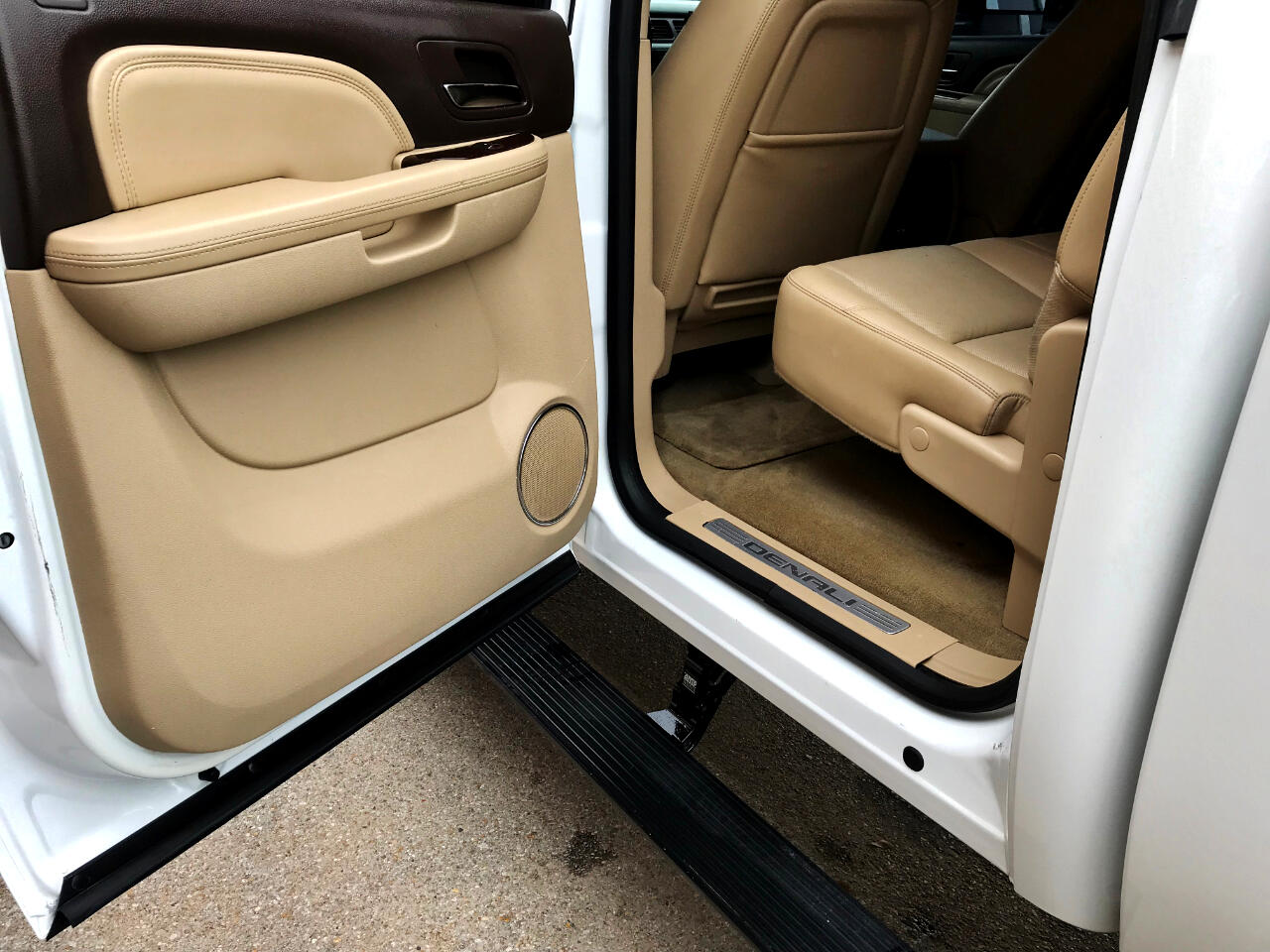 2014 GMC Sierra 2500HD DENALI CREW CAB SHORT BED 4WD CUSTOM LIFTED