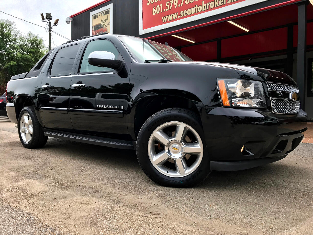 2007 Chevrolet Avalanche LTZ 2WD FULLY LOADED