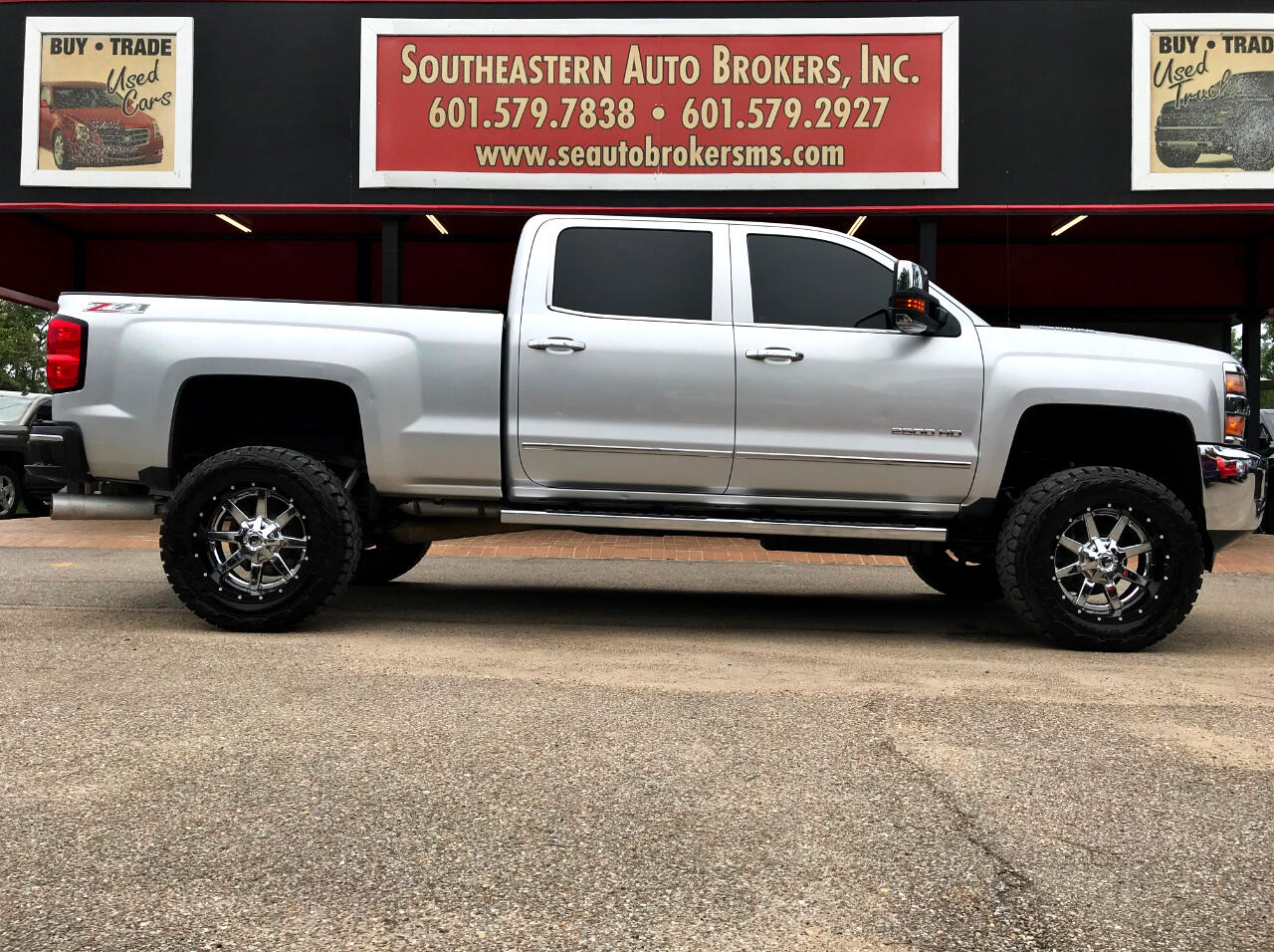 2015 Chevrolet Silverado 2500HD LTZ CREW CAB SHORT BED 4WD CUSTOM LIFTED