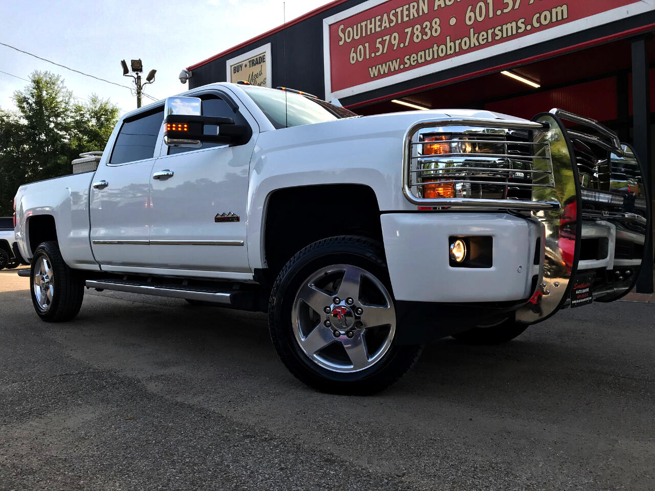 2015 Chevrolet Silverado 2500HD LTZ HIGH COUNTRY CREW CAB SHORT BED 4WD LEVELED