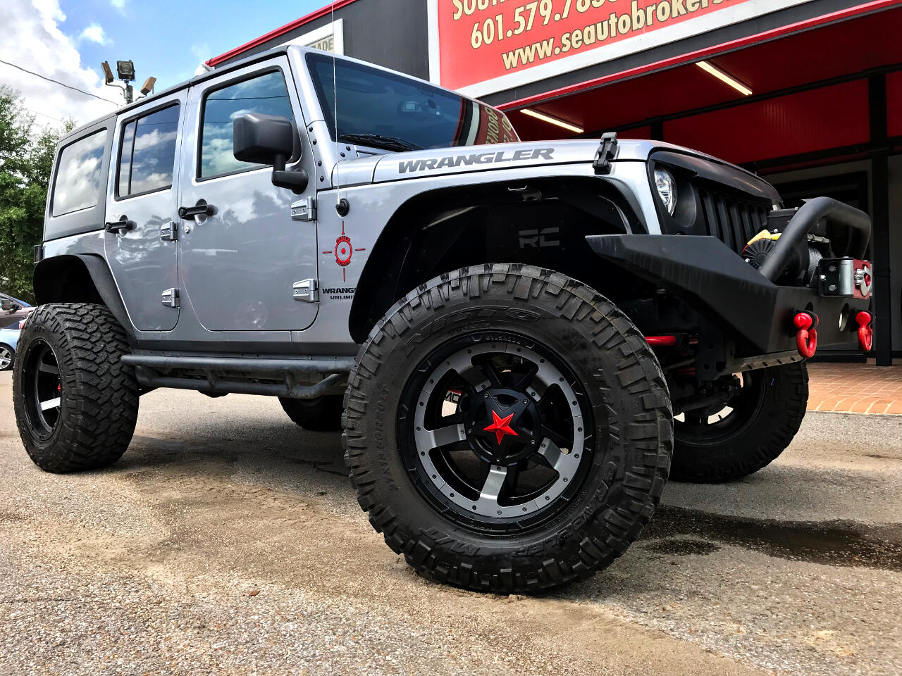 2017 Jeep Wrangler UNLIMITED SPORT 4WD CUSTOM LIFTED
