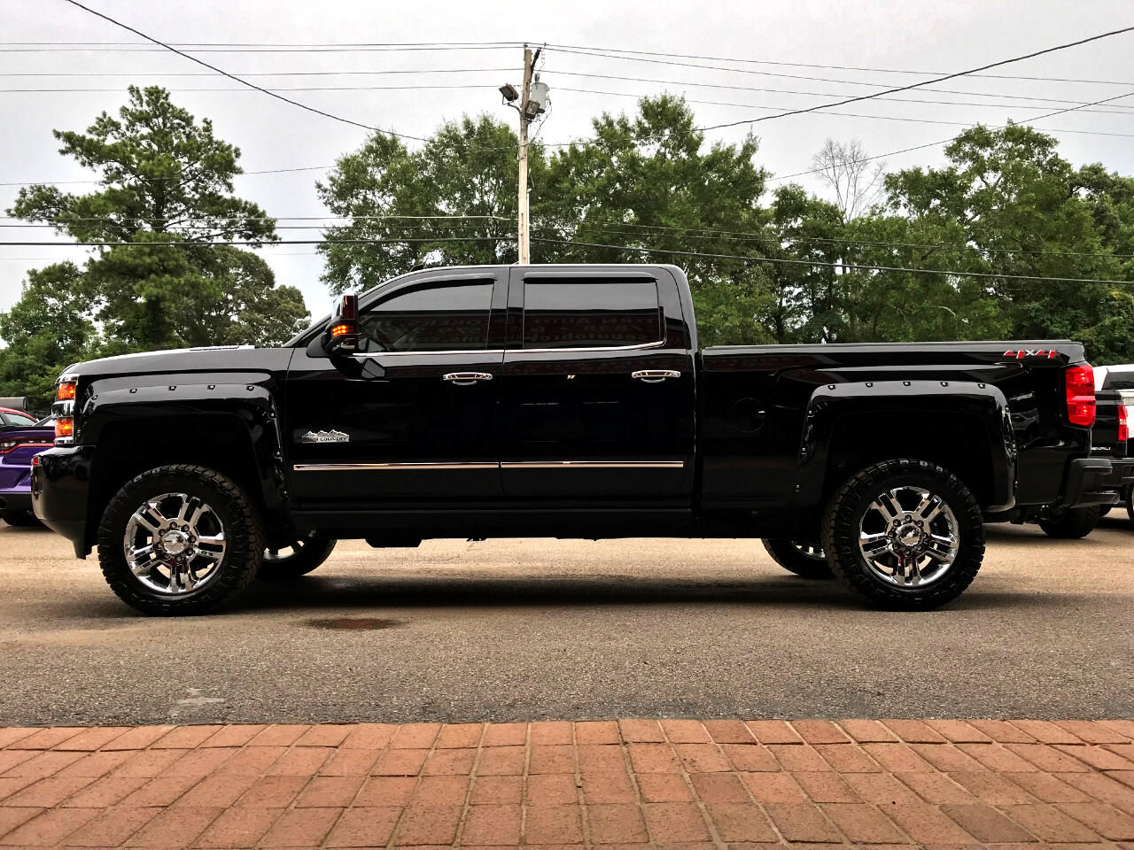 2018 Chevrolet Silverado 2500HD LTZ HIGH COUNTRY CREW CAB SHORT BED 4WD LEVELED