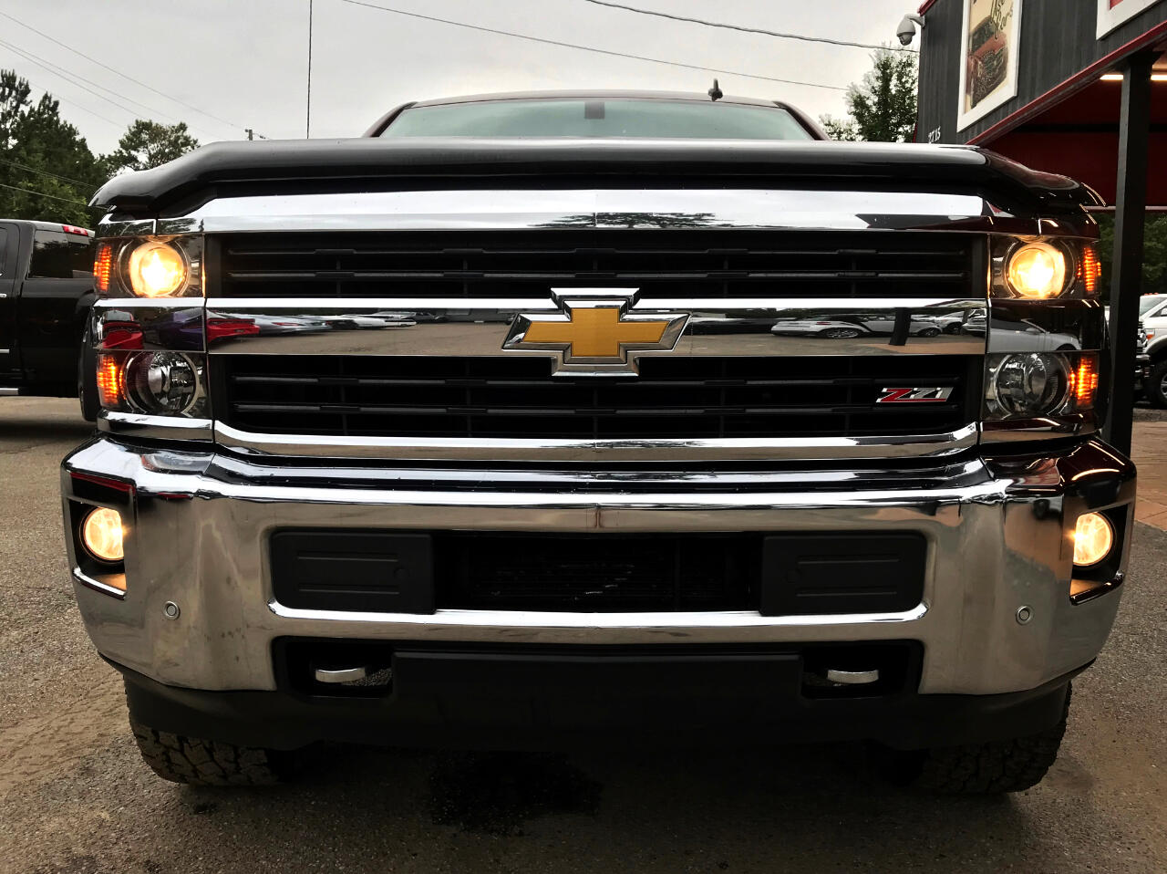 2015 Chevrolet Silverado 2500HD LTZ CREW CAB SHORT BED 4WD CUSTOM LEVELED