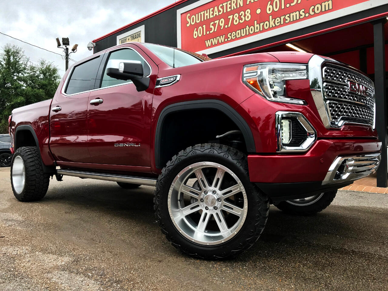 2019 GMC Sierra 1500 DENALI CREW CAB SHORT BED 4WD CUSTOM LIFTED