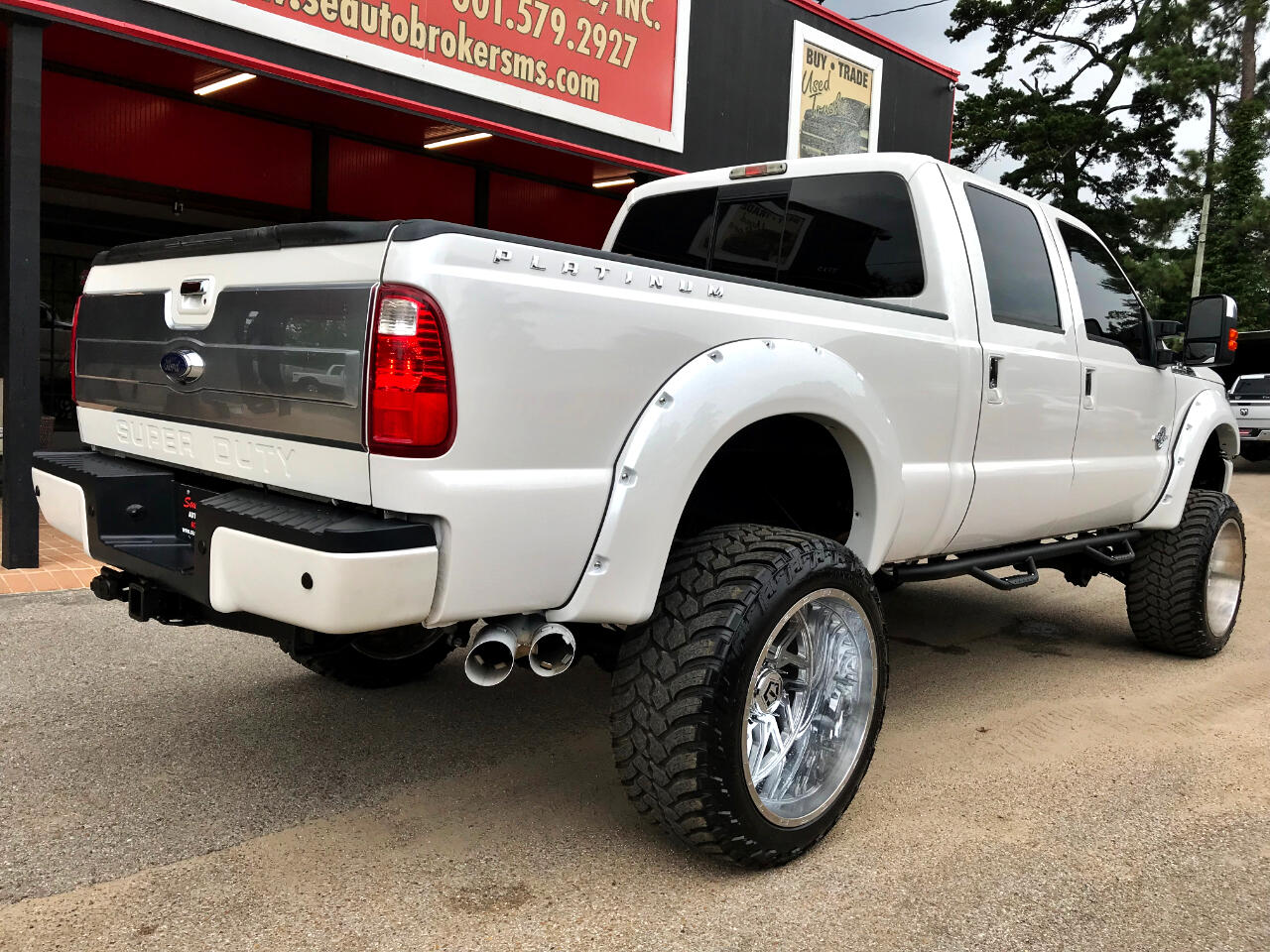 2015 Ford F-250 SD PLATINUM CREW CAB SHORT BED 4WD CUSTOM LIFTED