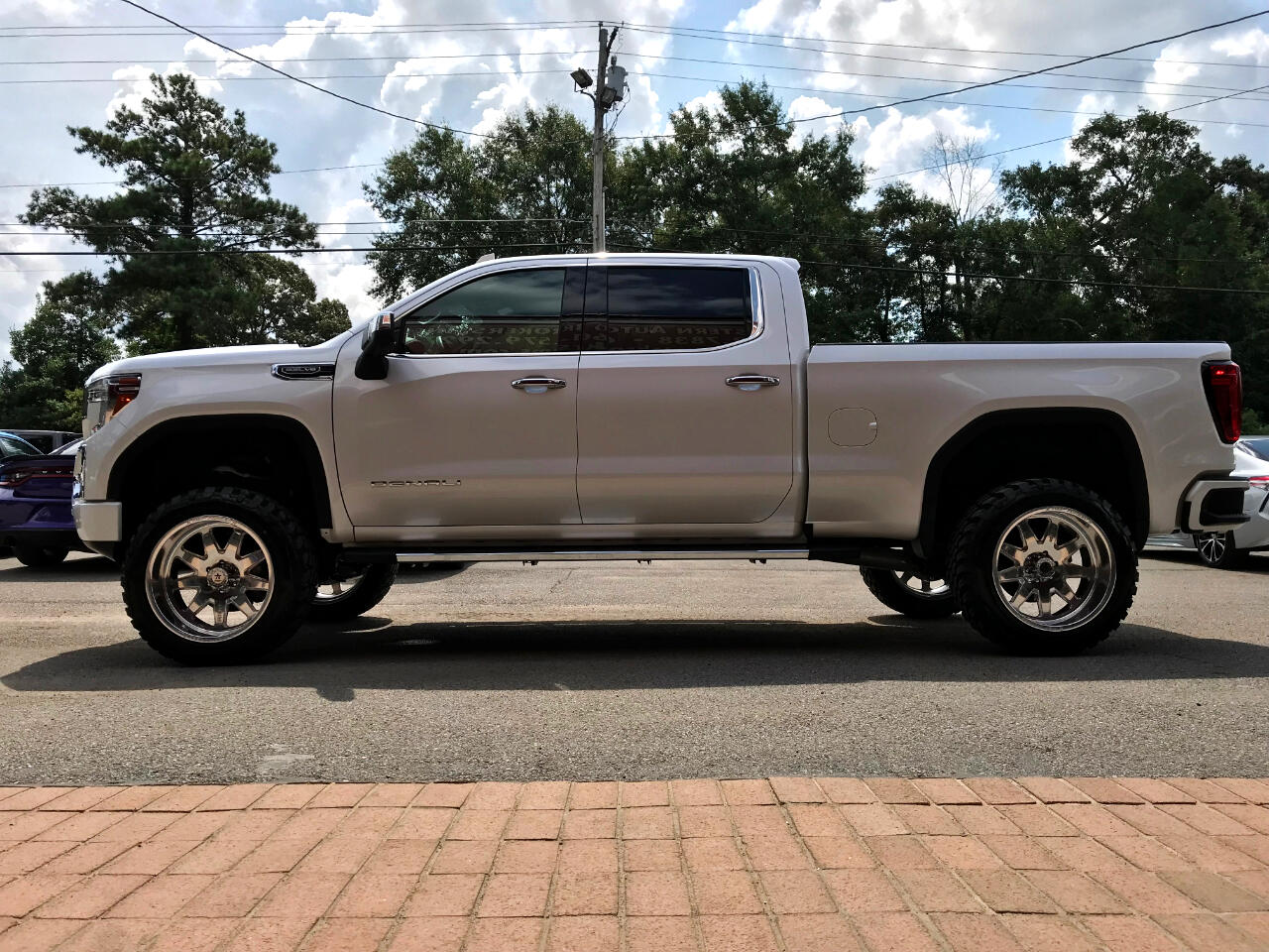 2019 GMC Sierra 1500 DENALI CREW CAB 4WD CUSTOM LIFTED