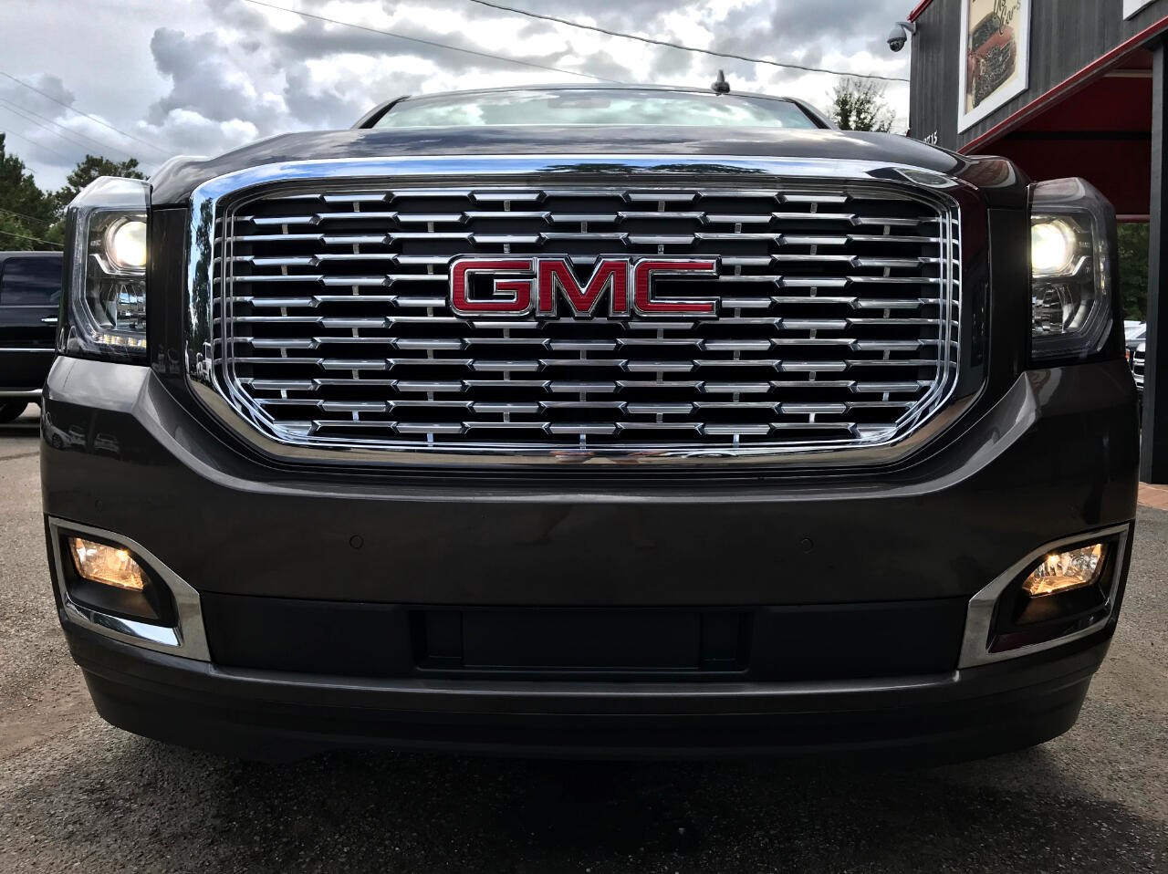 GMC Yukon Denali 2WD 2019