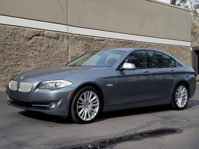 2011 BMW 550i Base