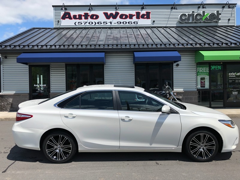 2016 Toyota Camry 2014.5 4dr Sdn V6 Auto XLE (Natl)