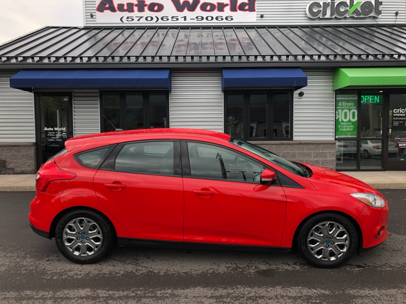 2014 Ford Focus 5dr HB S