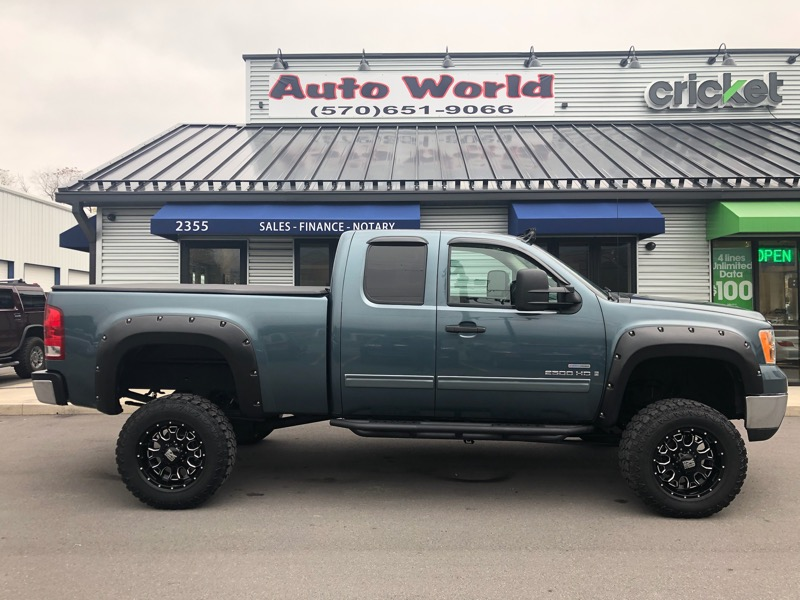 2009 GMC Sierra 2500HD SLE Ext. Cab Long Box 4WD
